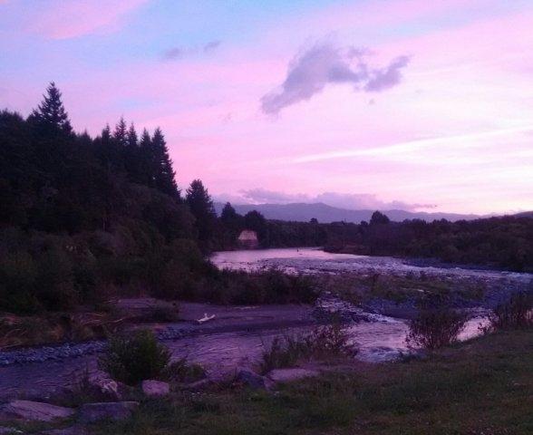 Beautiful sunset on the Tongariro River