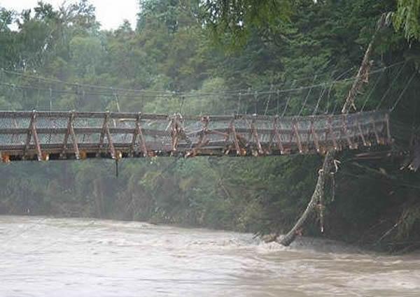 swing_bridge_damage